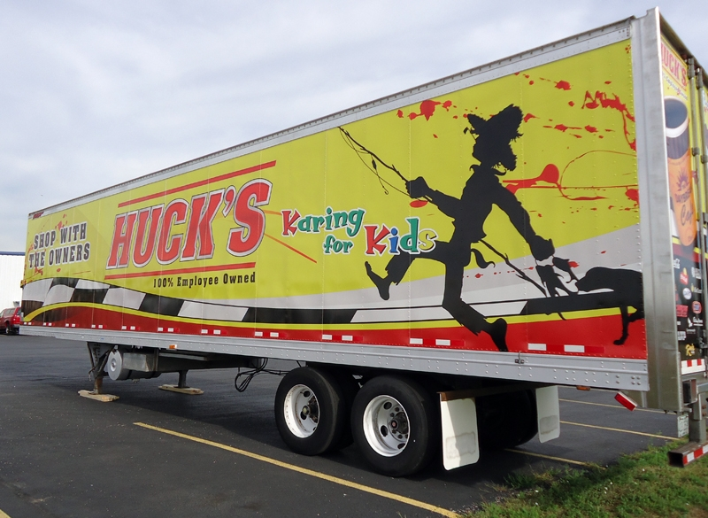 hucks-semi-trailer