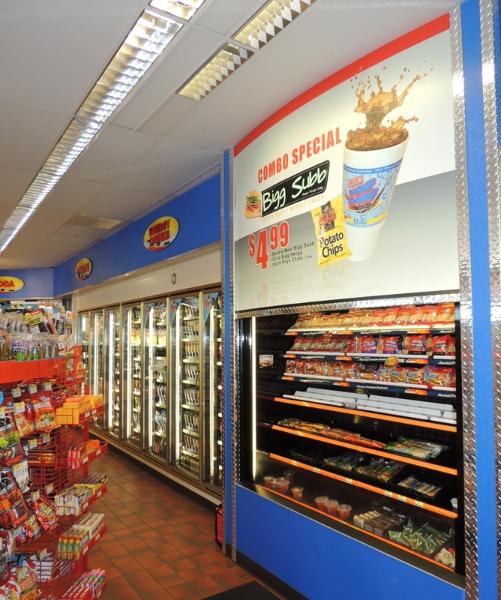 hucks-store-photo